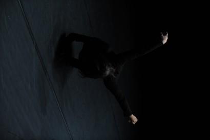De Laurence Yadi e Nicolas Cantillon pela Companhia INSTAVEL -